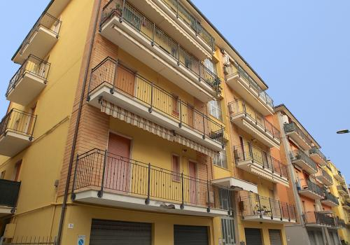 Fieramosca 5 apartment int. 6: two-room apartment 4 beds (San Benedetto del Tronto)